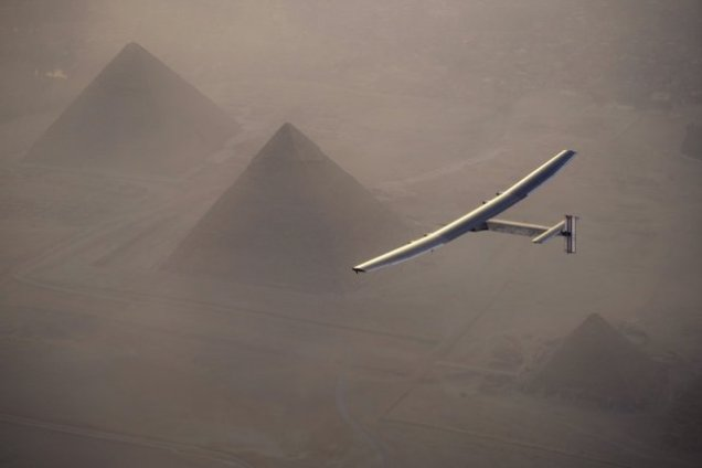 Solar Impulse over pyramids